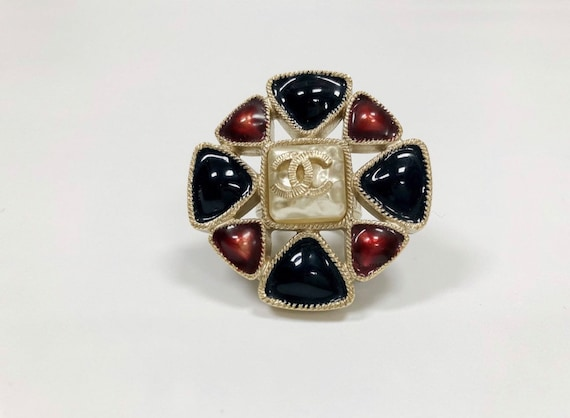 Chanel Gripoix ring 2011 Spring