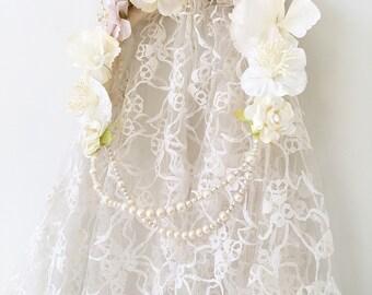 4dd24b9b75055 Wedding Veil. Floral Veil. Vintage Veil with Pearl And Flower Headpiece.  1970s Veil. Boho Bride. Woodland Wedding. Pastel Blush and Ivory.