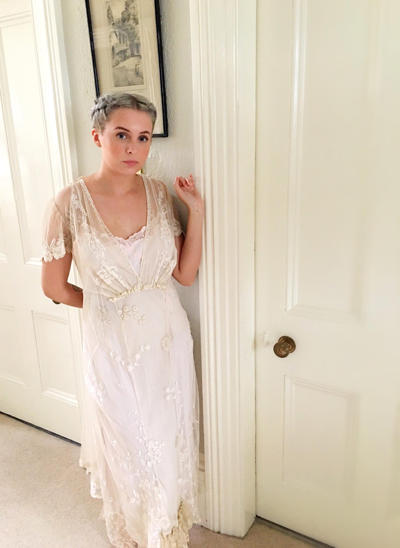 Großzügig Hochzeitskleider Az Fotos - Hochzeit Kleid Stile Ideen ...