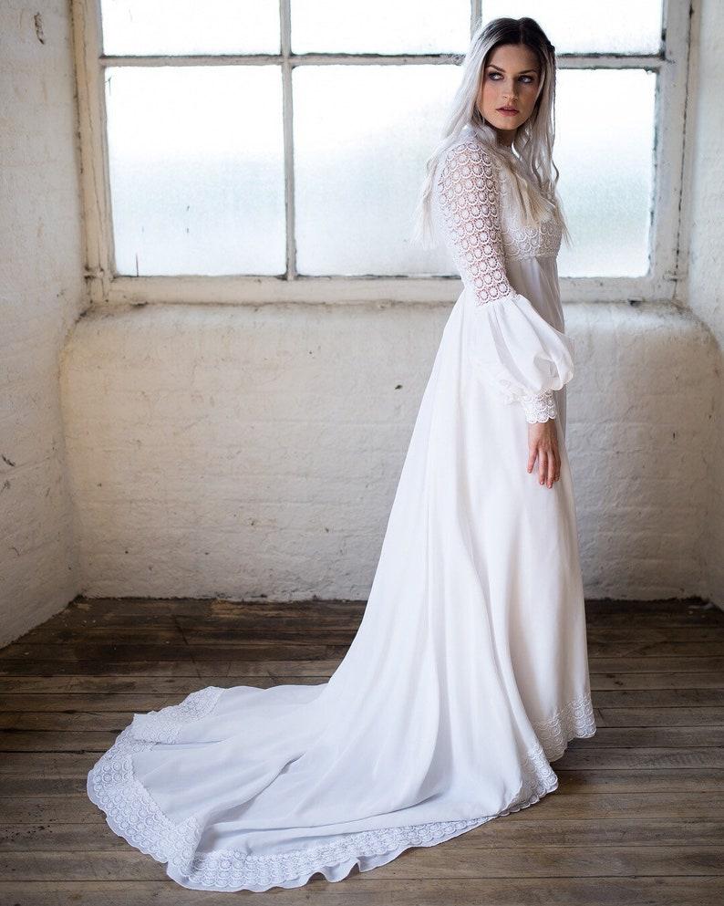 Boho Wedding Dress. Crochet Dress. Vintage Wedding gown. 20s Bridal Gown.  Cottagecore.