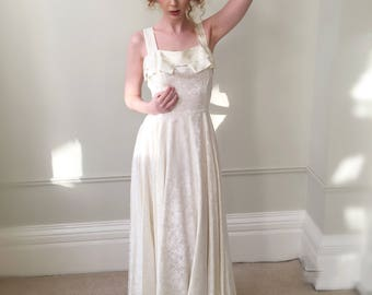 Vintage Wedding Dress.1950s Wedding Dress. Ivory Bridal Gown and Bolero. Beautiful Grace Kelly Dress. Immaculate