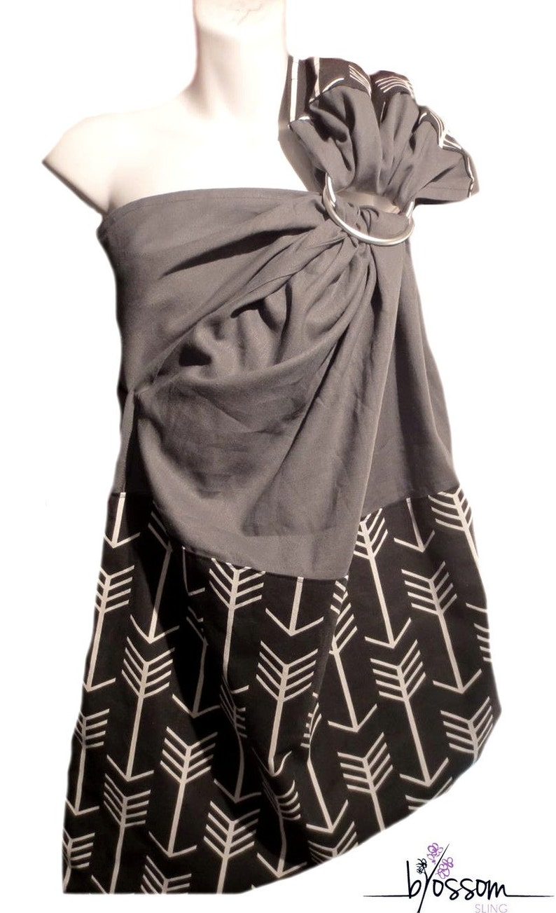 A Quelle Temperature Laver Le Lin ring sling blossom linen, charcoal grey and arrow fabric, ring sling linen,  baby wrap sling, baby carrier sling, baby gift shower
