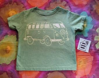 VW Bus Green 4T Batik Tshirt