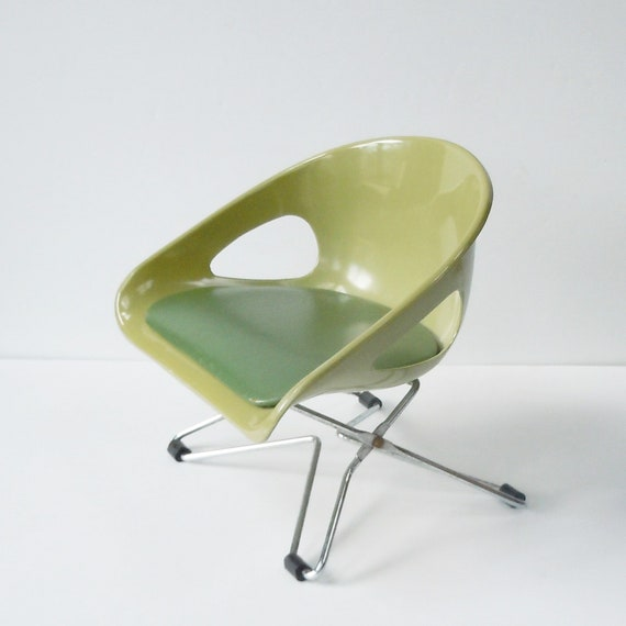 Fantastic Modern Childs Costco Chair Tiny Cool Style For The Luckiest Kid Green And Green Rare Find Creativecarmelina Interior Chair Design Creativecarmelinacom