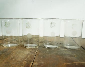 Science Glass / 4 Vintage Beakers / Pyrex Laboratory Glass / Great Scientific Decor and Style / 4 of the same size