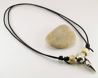 Raven skull pendant with bone beads, men necklace, men jewelry, skull jewelry, skull necklace, men, men gift idea, skull