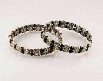 Men gemstone bracelet with free lead pewter spacer, men bracelet, men gemstone bracelet, men strech bracelet, men gift idea
