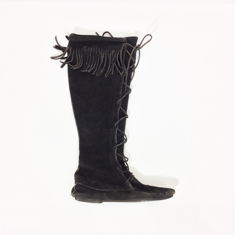 3f0d65f41408 Sale 70s Suede MINNETONKA Boots Knee High FRINGE Boots Black