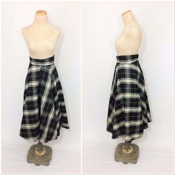 50s Quilted CIRCLE Skirt ALine Black Plaid Skirt X