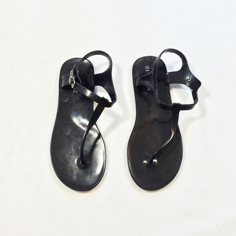 29d080a988bd 80s buckle Thong Strap Sandals size 5.5 ANKLE strap jelly Flip