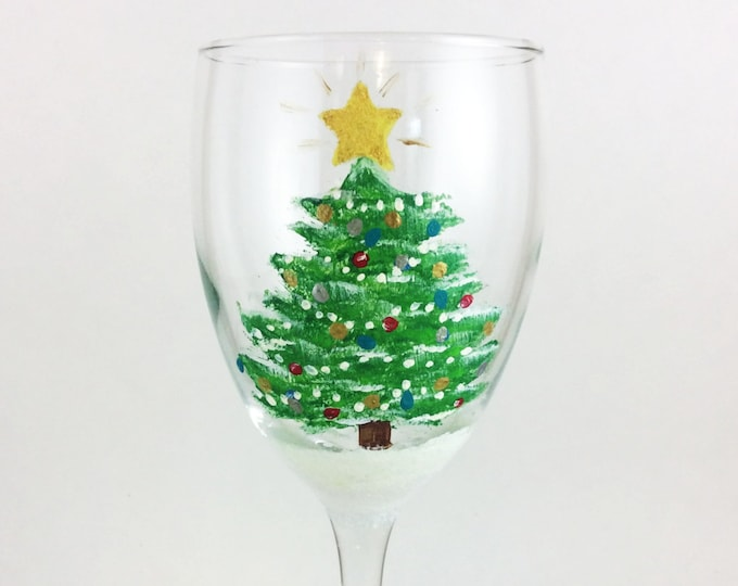 Hand Painted Christmas wine glass, Christmas tree wine glass 10.25oz.