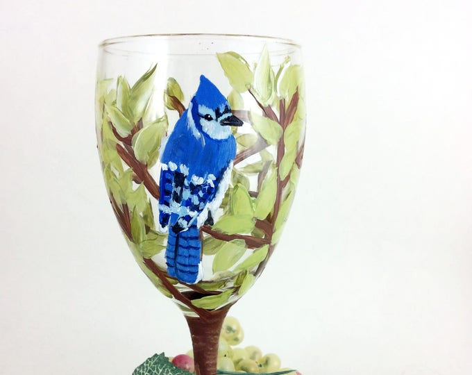Hand painted glasses, Personalized glass, Best wine gifts, painted wine glasses, Gift for mom, wine lover gift, Housewarming gift, wine gift