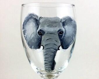 Elephant wine glass, elephant glass, Elephant gifts, Elephant lover gift, Wine lover gift, Custom gifts,  Unique gifts