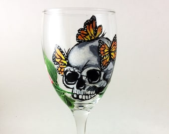 Skull wine glasses, Sugar Skulls, Dia de Los Muertos, Custom wine glass, Day of the Dead, Gift for him, Creepy cute, wedding gift, skulls