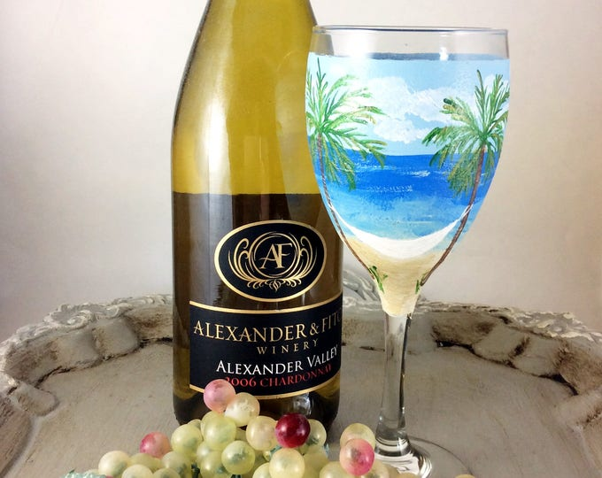 Hand painted glass, Personalized glass, Wine lover Gifts, Ocean lover gift, gift for her, Gift for mom, Wine gift, gifts, Gift for Mom, gift