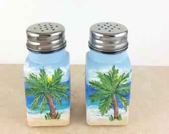 """Hand painted Salt and Pepper shaker Set, 4"""" high, Ocean Scene Salt and Pepper Shaker"""