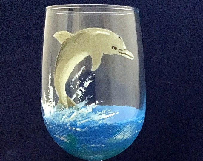 Hand painted wine glasses Beach, Hand painted dolphins, Ocean wine glasses, Beach Scene, Wine lover gifts, Ocean Lover gifts, 18.5 oz.
