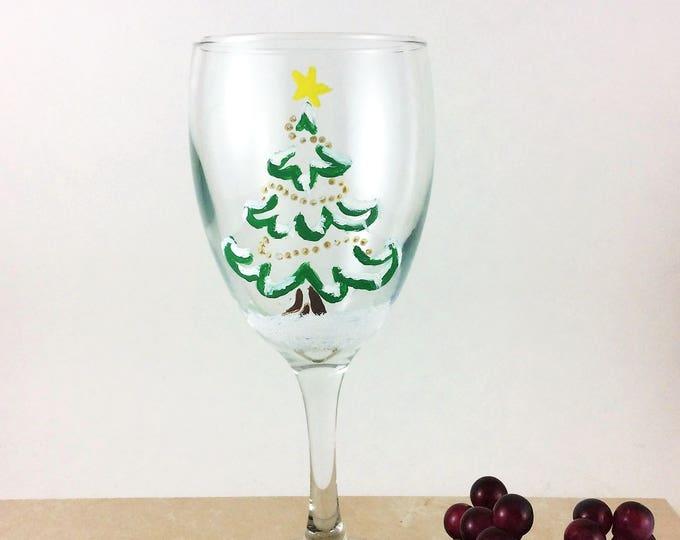 Christmas Wine Glass, Holiday Wine Glasses, Painted Wine Glasses, Christmas Decor, Holiday Party, Christmas Party, Christmas Gift, Wine gift