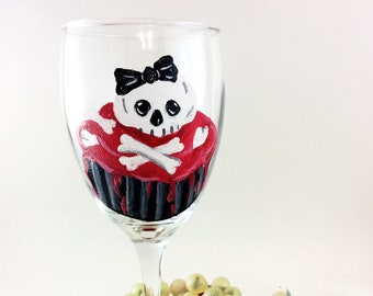 Sugar Skull wine glasses, Dia de Los Muertos, Hand painted wine glasses, 10.25oz