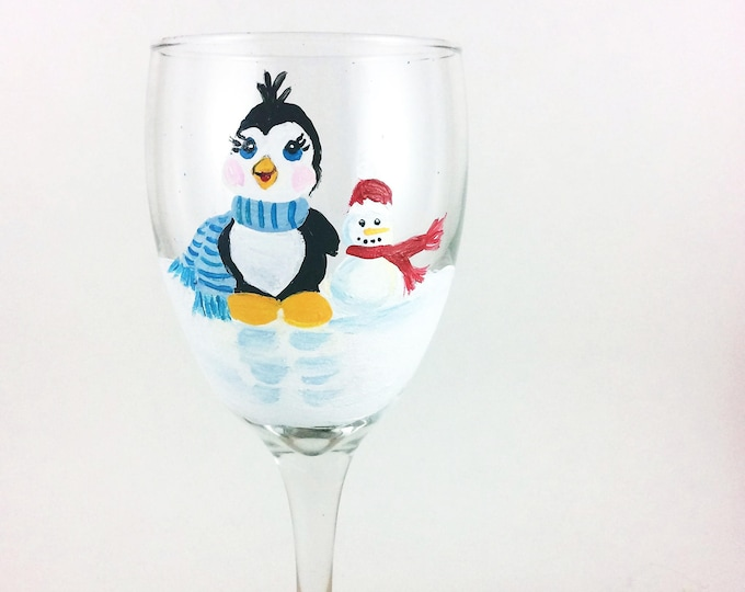 Christmas Wine Glasses, Holiday Table wine glasses, 10.25oz.