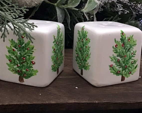 "Salt and Pepper shaker Set, 4"" high, Hand Painted Christmas Tree Salt and Pepper Shaker"
