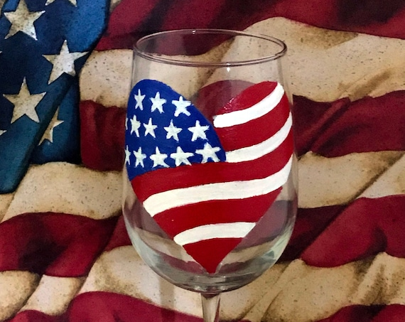 American Flag Wine Glass, Fourth of July Wine Glass, Large 18.5oz hand painted wine glass, patriotic wine glass, Independence day decor