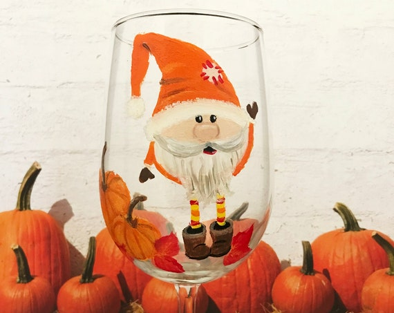 Fall Gnome Wine Glasses, Hand Painted Fall Wine glasses, Thanksgiving Wine Glasses, Fall pumpkins, Hostess gifts, Harvest