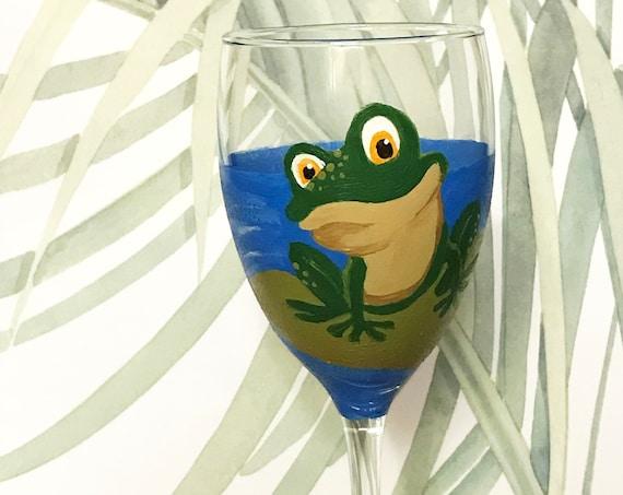 Frog Wine Glasses, Hand Painted wine glasses, 10.25oz.