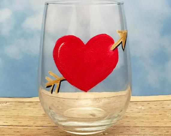 Valentine's Day Heart Glasses, Red Heart Valentines wine Glass,  Drinking glasses, 17oz. Stemless Wine Glass, Wine Lover Gift, Red Heart
