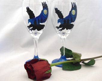 Eagle wine glasses, Hand painted silhouette Eagle Wine glasses, 10.25 oz