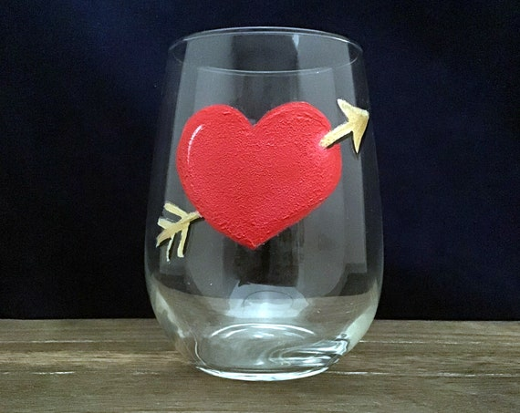 Valentine's Day Heart Glasses, Red Heart Valentines wine Glass,  Drinking glasses, 17oz. Stemless Wine Glass, Wine Lover Gift, Red Heart