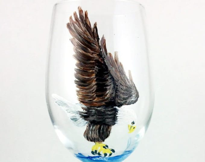 Crystal Wine Glasses, Wine glasses, Bald Eagle, Wine lover Gift, Eagle, housewarming gift, Eagle Gift, Bird Lover Gift, Wine Glass, Crystal