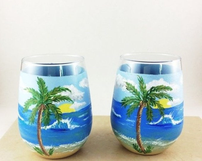 Holiday Sale Ocean Wine glass, Stemless wine glass, Ocean scene glasses, Hand painted glasses, drinking glasses, Wine lover Gifts, Ocean lov
