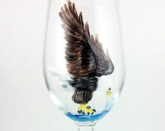Holiday Sale Crystal Wine Glasses, Wine glasses, Bald Eagle, Wine lover Gift, Eagle, housewarming gift, Eagle Gift, Bird Lover Gift, Wine Gl