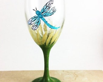 Holiday Sale Dragonfly glassware, Best wine gift, gift for wine lover, dragonfly gifts, housewarming gift, Hostess Gifts, Wine wedding gift,