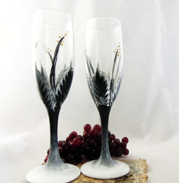 Champagne glasses, Set of 2 Toasting Flutes, Hand painted Champagne glasses, 6oz.