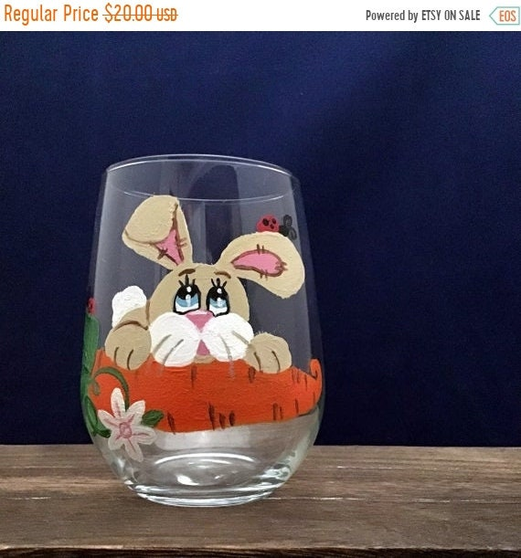 Easter Bunny Stemless Wine Glass, Easter Bunny, Easter Rabbit, Easter Decor, Easter Drinking Glass, 17oz. Stemless Wine Glass,