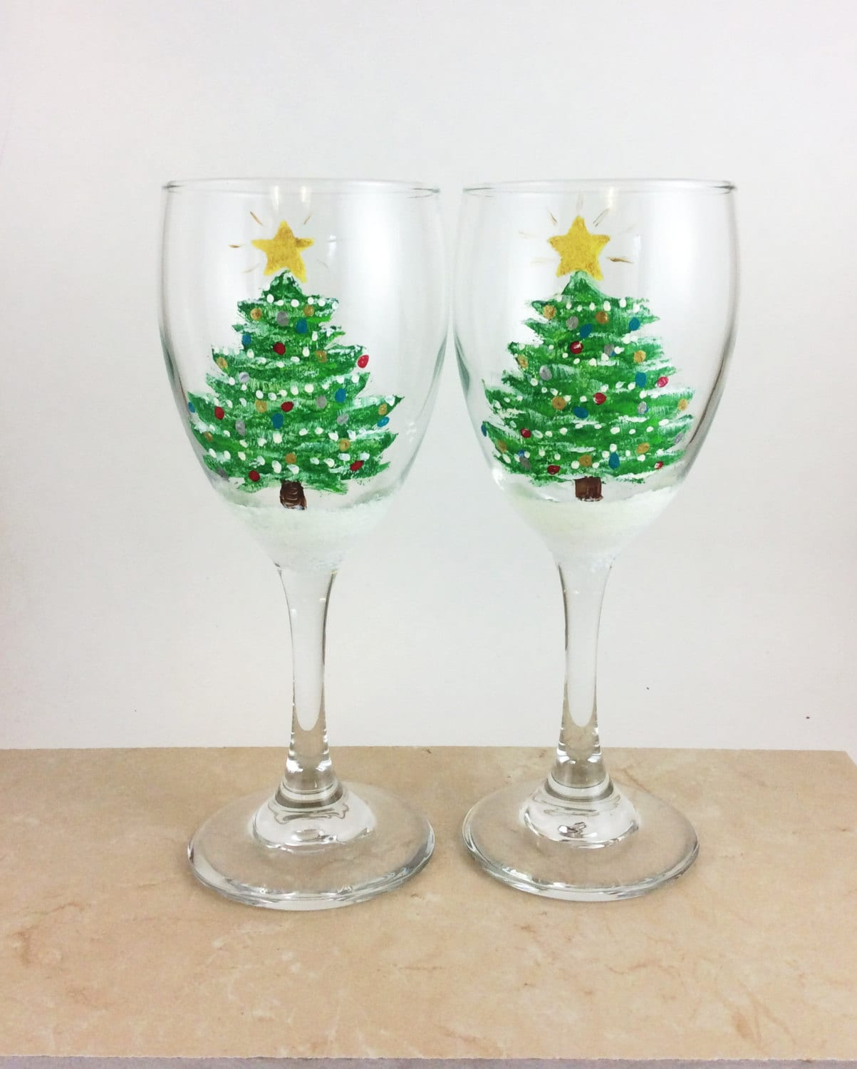 christmas painted wine glasses with holly. hand painted wine glasses ...