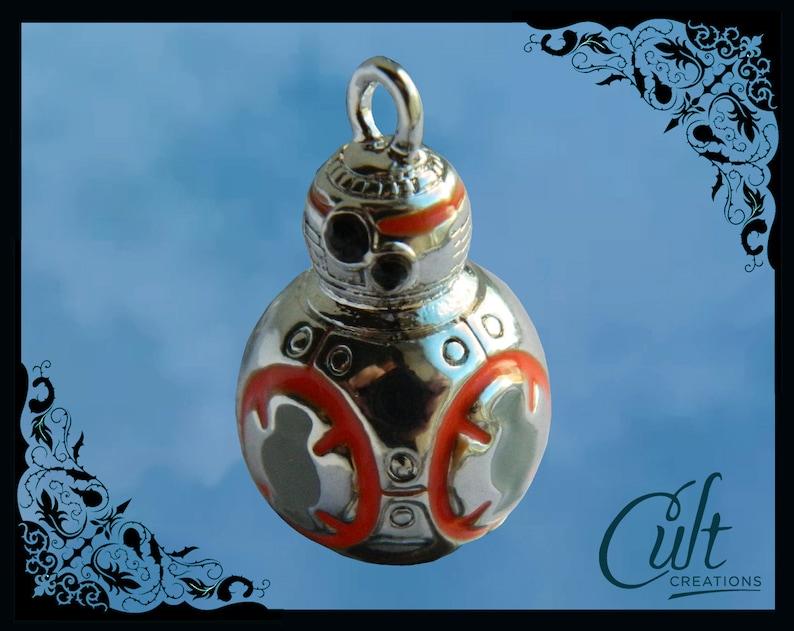 Star Wars The Force Awakens friendship bracelet with BB-8 charm