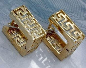Quadrangular Hoops with Roman pattern, 375er GOLD