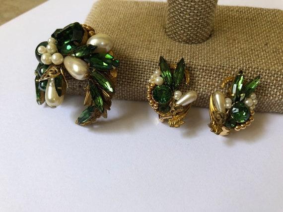 Emerald Jewelry Set with Green Colored Rhinestones
