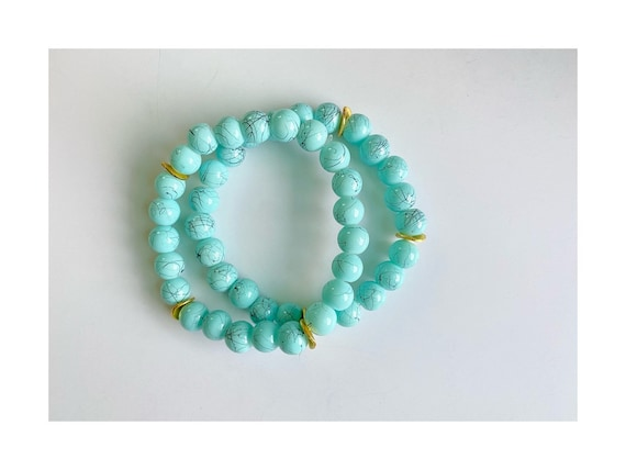 The Lynde stretchie stacker bracelet