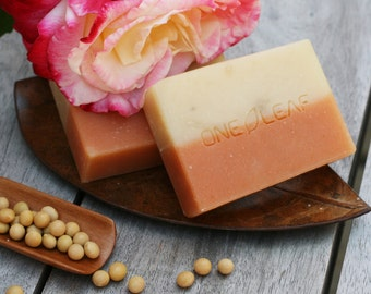 All natural soap, Organic Handmade Soap, Essential Oil soap,  Rose Geranium, soap bars, homemade soap
