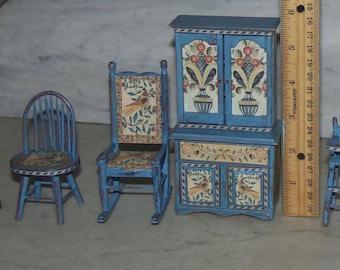 Dollhouse vintage 1:12 Shenandoah building components furniture turnings