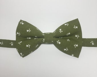 Olive Green and White Tulips Bow Tie. (Spring Collection)