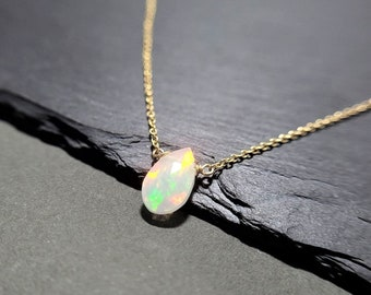 Natural Ethiopian Welo Fire Tumble Opal Necklace Ethiopian Opal Smooth Opal Black Opal Necklace Handmade Opal Tumble Opal Necklace