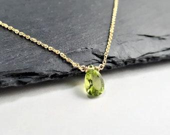 green peridot necklace peridot jewelry peridot choker peridot pendant Leo necklace minimal peridot necklace Natural Peridot necklace