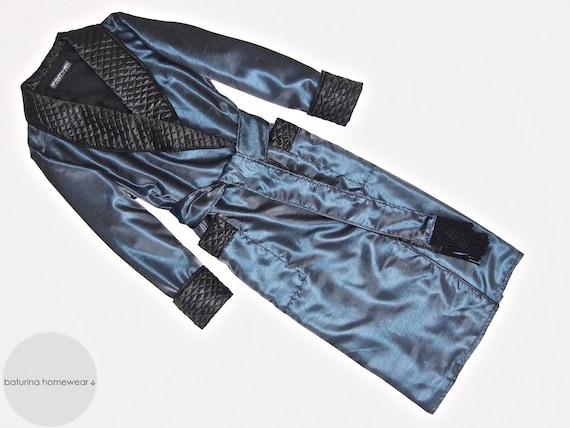 damen morgenmantel gesteppt seide blau schwarz dunkelblau lang etsy. Black Bedroom Furniture Sets. Home Design Ideas