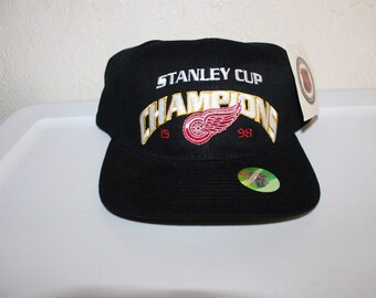 Vintage 90 s Detroit RedWings Stanley Cup Championship Strapback Hat by  Drew Pearson a11bc1fc1