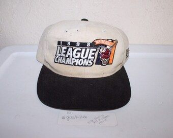 ee22a59f3 Vintage 1998 National League Champions San Diego Padres Snapback by New Era